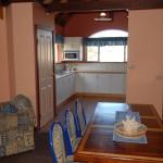 Esplanade Suite Dining Table